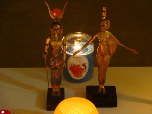 aset statues